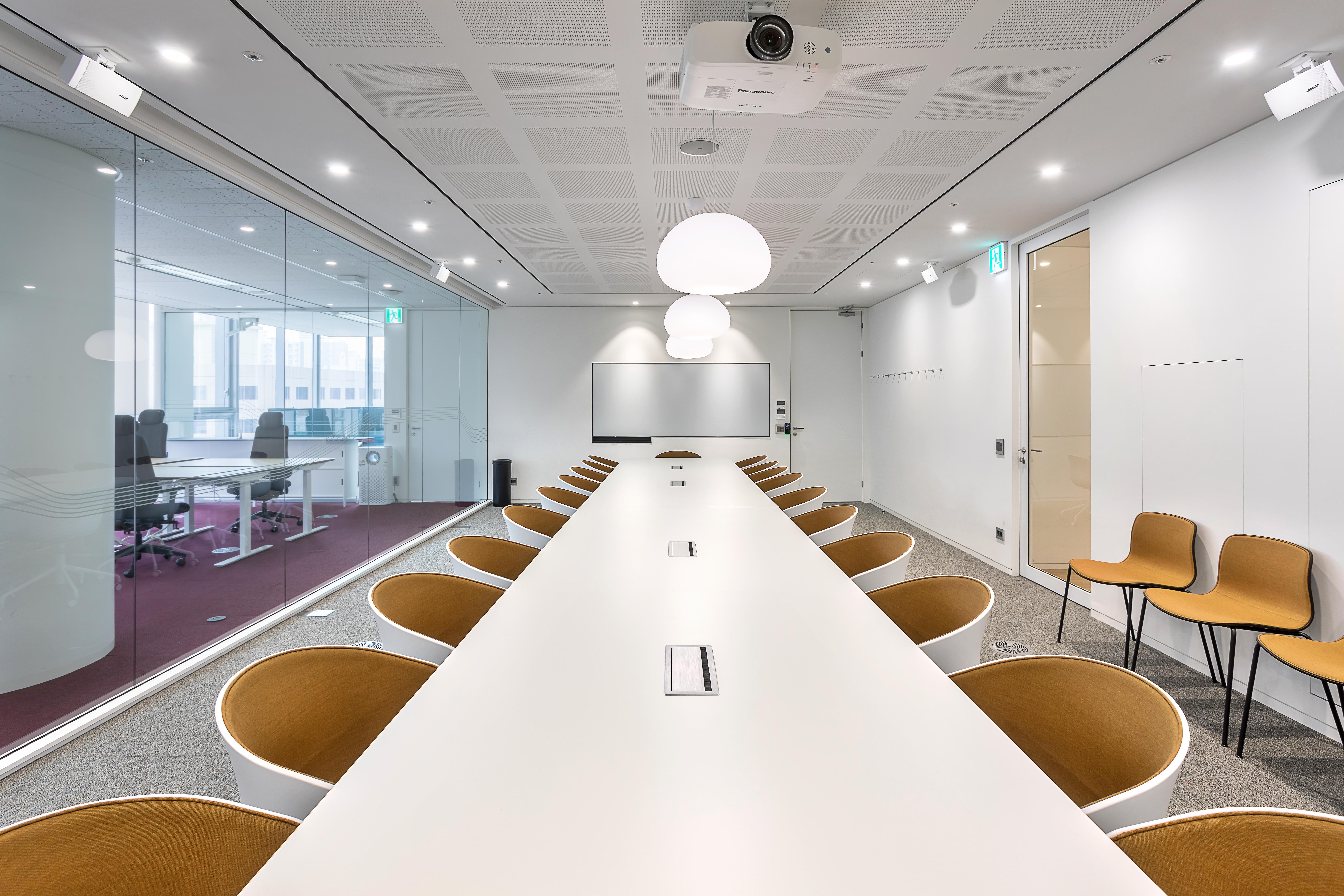 Volvo_ Meeting RM