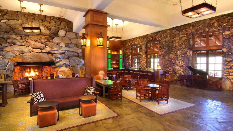 great hall bar.jpg