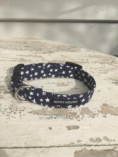 Dark blue collar with stars details
