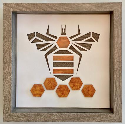 3D Honeybee in Shadowbox_1