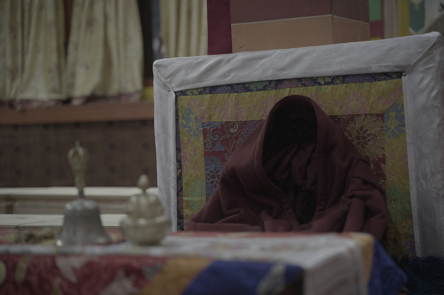 We interviewed the head monk. And as we were chatting, behind him remained this: The frozen robe of the head monk stuck in a sillhouette of his body.