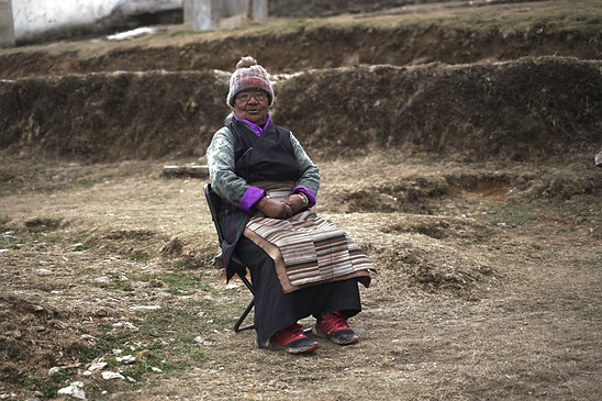 Pashi Sherpa waved us goodbye. She spoke Sherpa. I did not. Never understood what she said. So I sometimes just repeated it back to her and smiled. I should've known how to communicate.