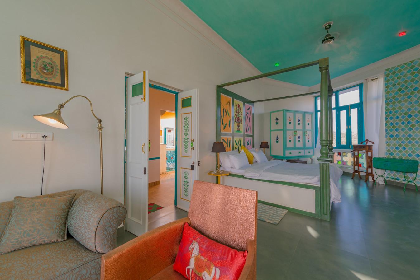 Room-5_Unbound_Jungalow_4.jpg