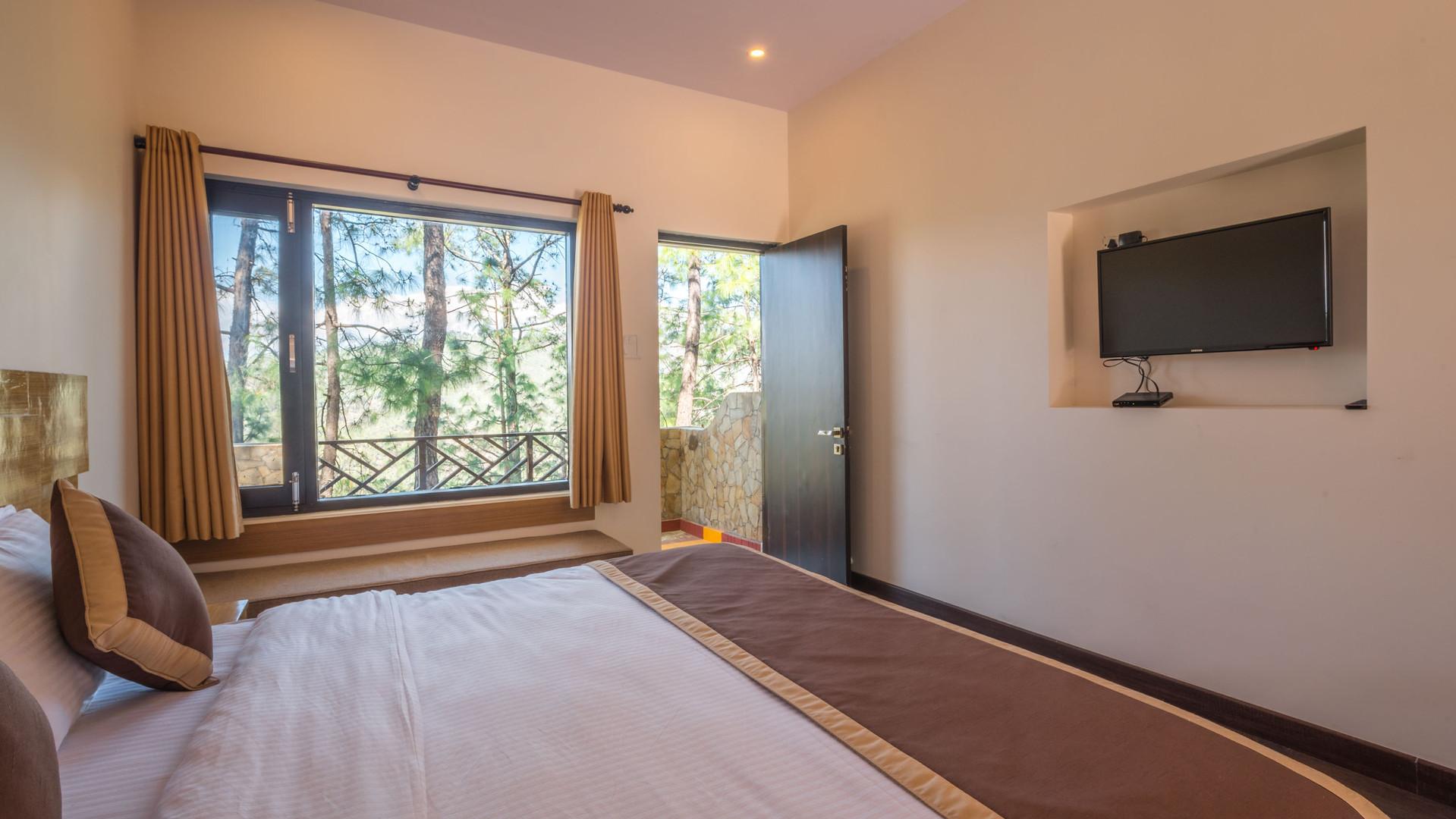 Executive-Rooms_Unbound_Boros_7.jpg