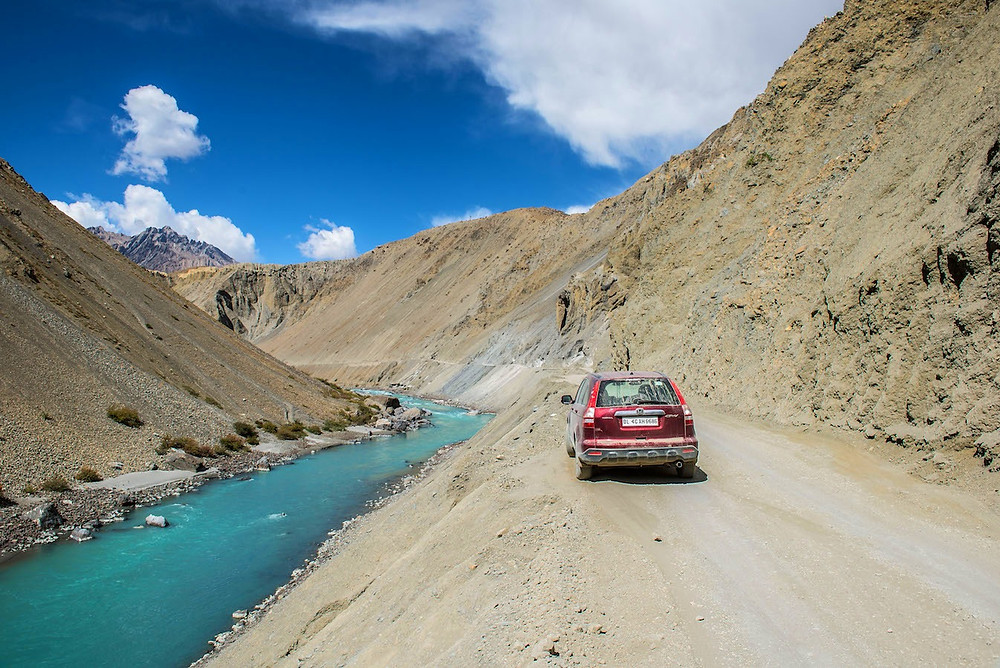 Mountains-Roads-Spiti-Himachal-Unbound