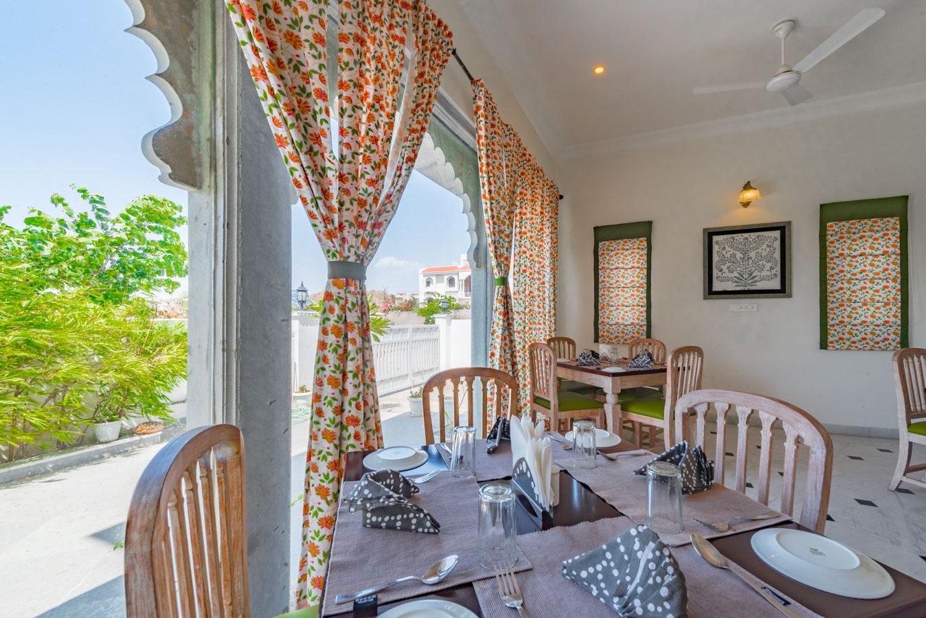 Restaurant_Unbound_Villa-Sagat-Raaso_3