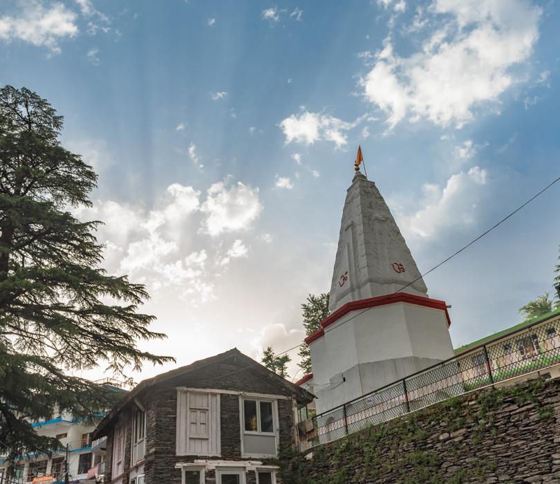 Bhagsu Temple at Mcleodganj