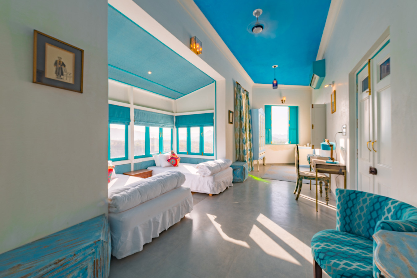Room-6_Unbound_Jungalow_4.jpg