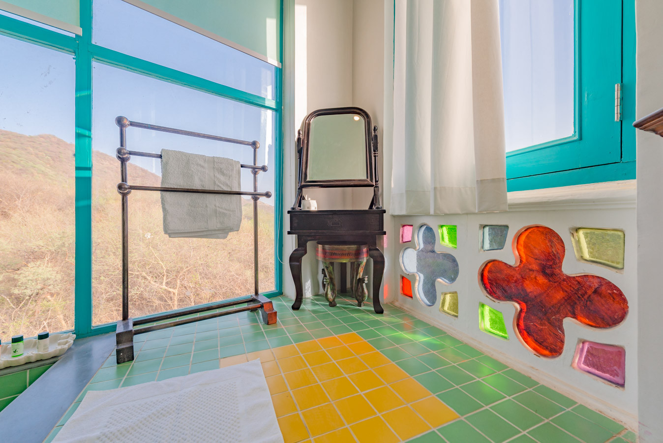 Room-5_Unbound_Jungalow_12.jpg