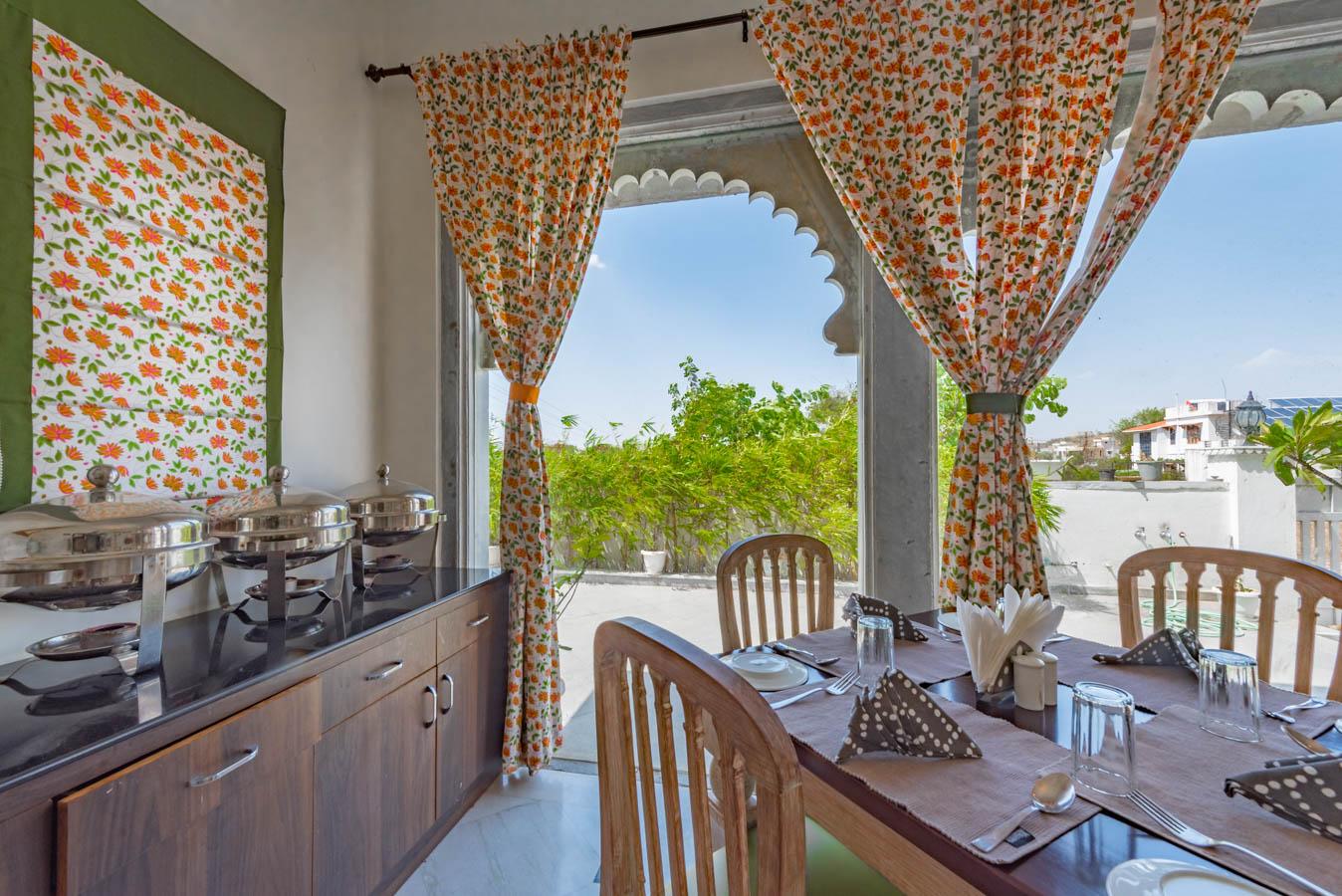 Restaurant_Unbound_Villa-Sagat-Raaso_5