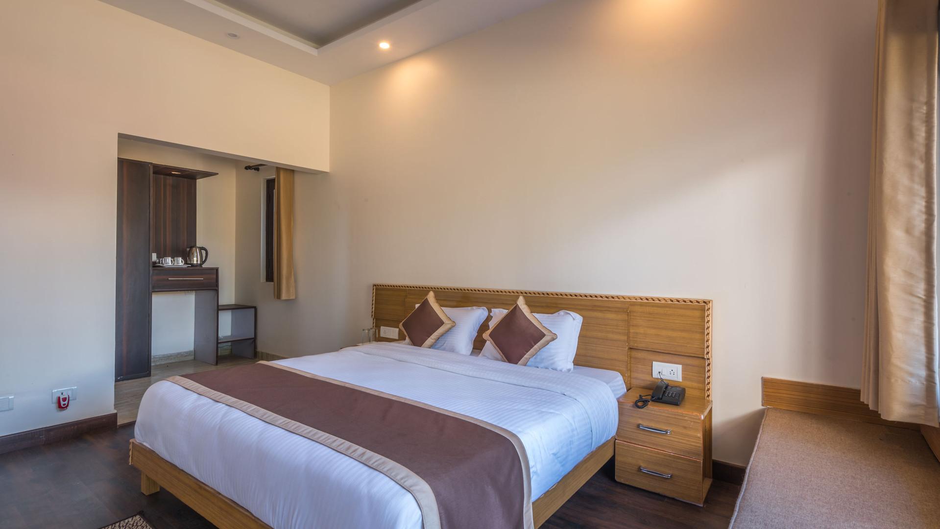 Premium-Rooms_Unbound_Boros_7.jpg