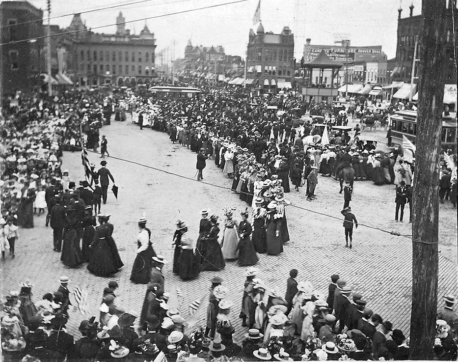 Suffrage rally.jpg