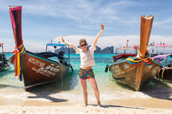 Thaintro_PhiPhi_Boats_Hires