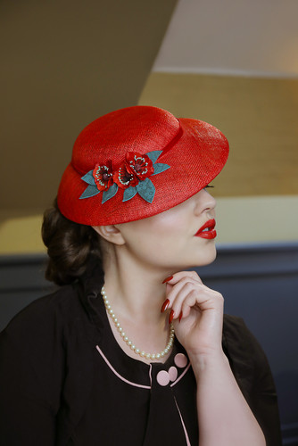 Photography by Ellie J Photography, Hat by Adrienne Henry, MUAH Paula's Vintage Parlour