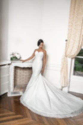 Location et vente de robes de mariée et soirée à Paris et à Lyon