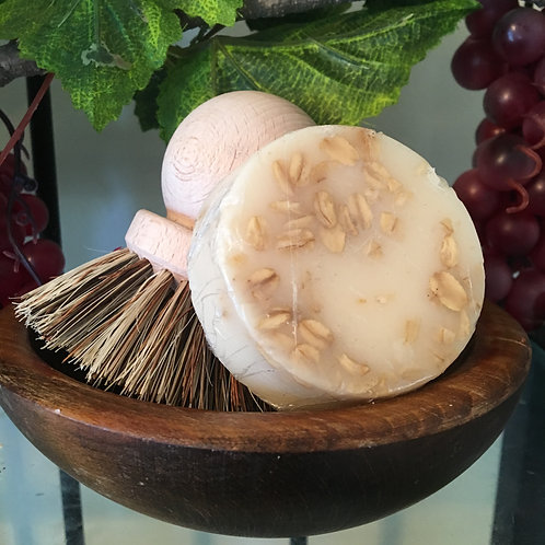 Oatmeal & Honey Goat's Milk Loofah Soap