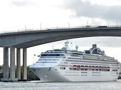 port-of-brisbane-cruise
