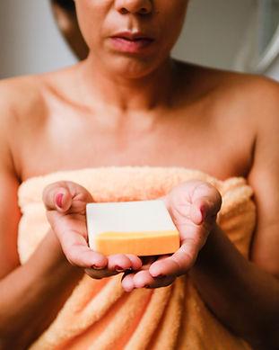 block 004 - mood soap in hands - Photo C