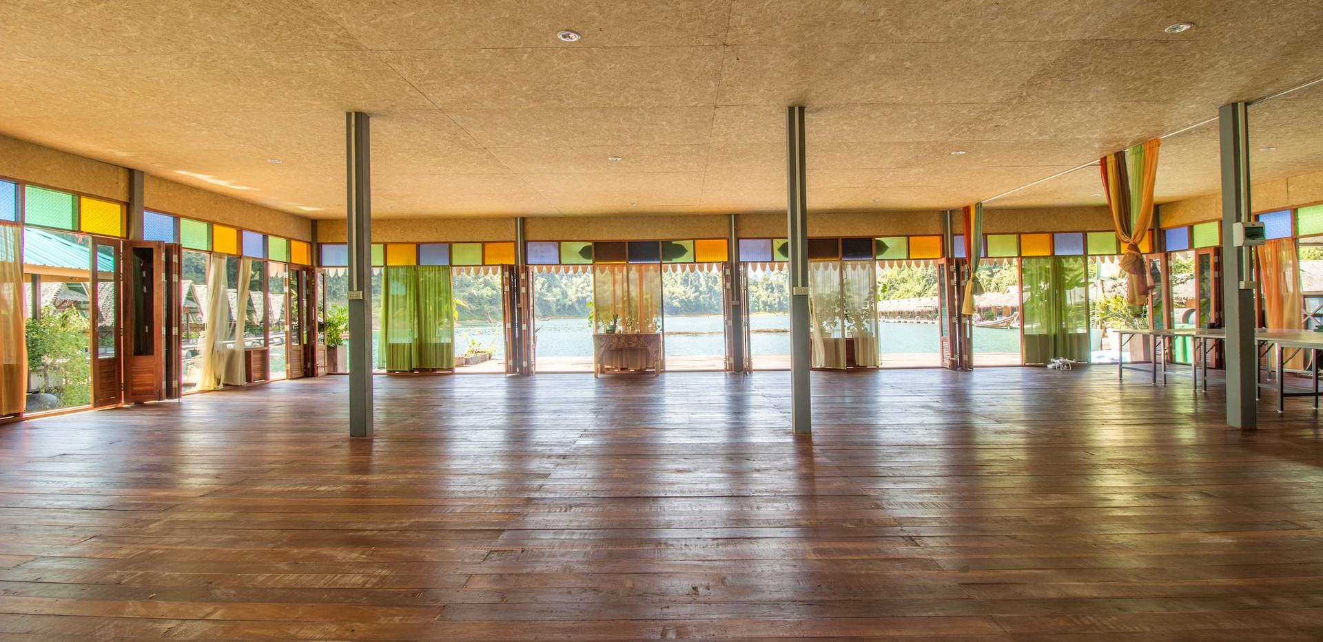 TYH_Destinations_Emerald_Lake_3.jpgThailand Yoga Holidays Destination Emeralde Lake Yoga Sala