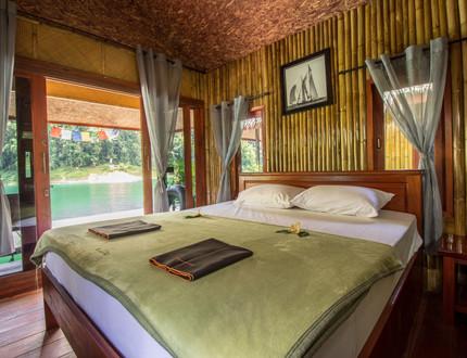 TYH_Destinations_Emerald_Lake_2.jpgThailand Yoga Holidays Destination Emeralde Lake Accommodation