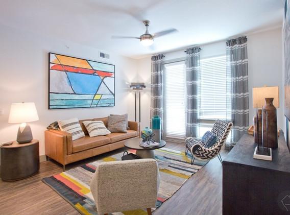 B1-alt-_livingroom.jpg