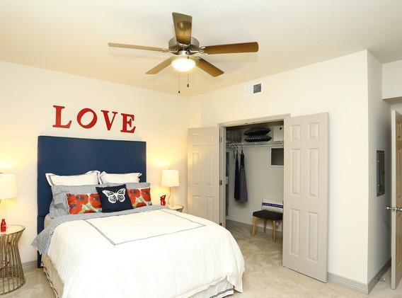 waller-creekside-austin-tx-bedroom.jpg