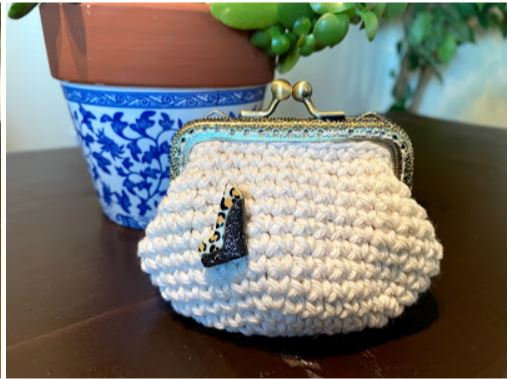 Coin Purse Ivory Heel