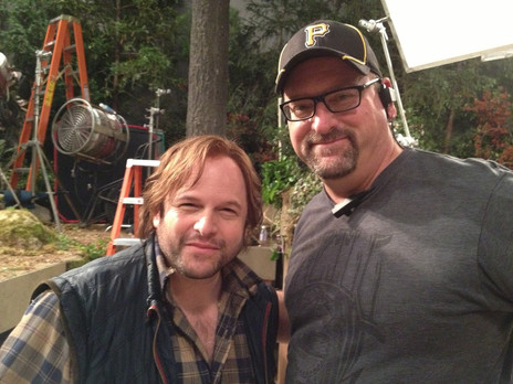 """On the set of """"Community"""" with Jason Alexander"""