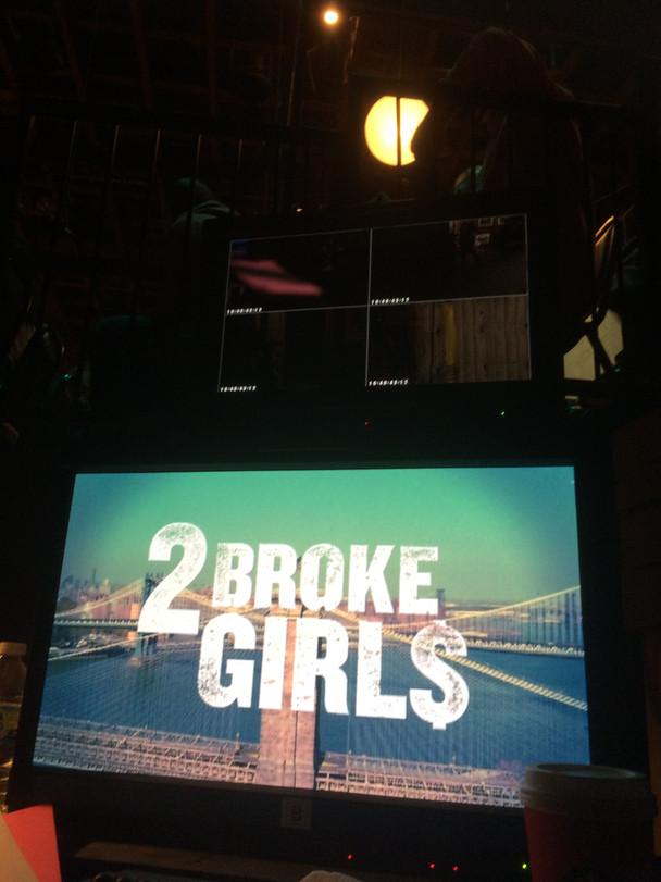 "Mickens fills in on ""2 Broke Girls"""