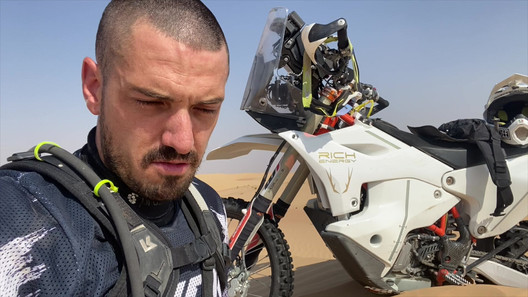 James Hillier Day 6 Dubai Testing.mov