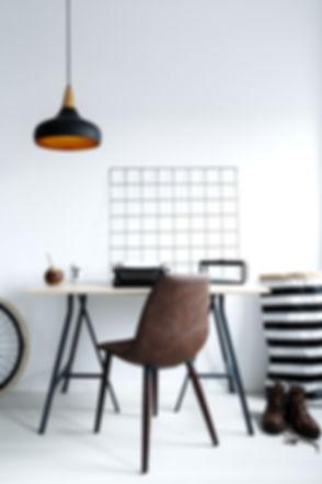 simple-white-home-office-PHTNBTR.jpg