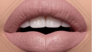 Modelrock Liquid to Matte Lipsticks