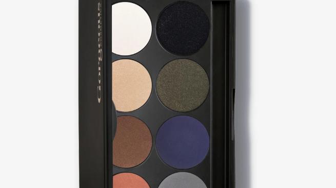 Fashion 8 Pan Eyeshadow Palette