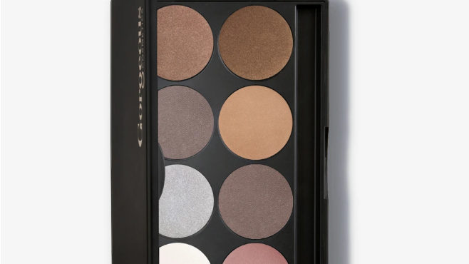 Ever Metallic 8 Pan Eye shadow Palette