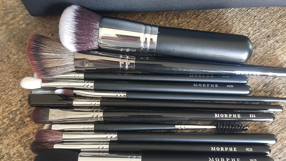 16 piece Morphe Brush Set with case