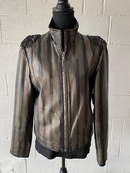IN COMMAND. Lambskin leather