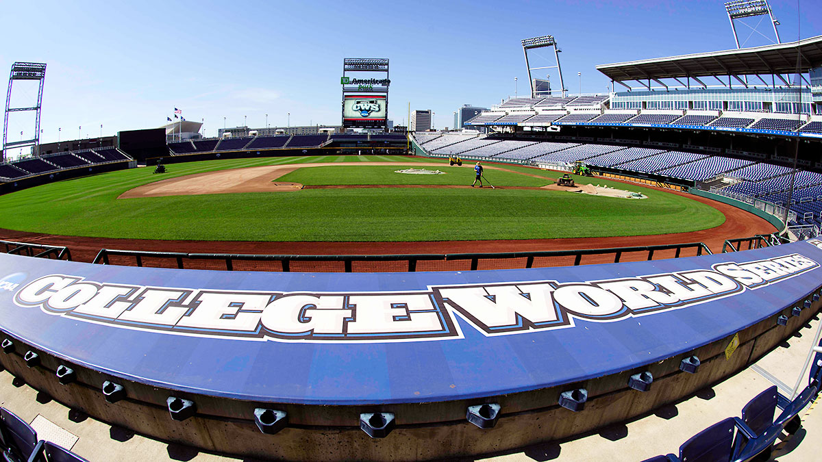 college-world-series-stadium-tri.jpg