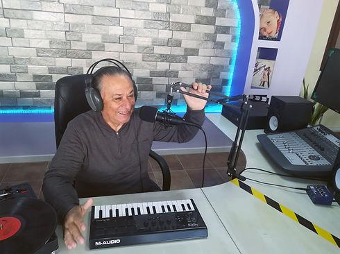 Jerry Ferraro - Radio Alive Music Blu.jp