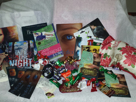 The Third Annual Spencer Hill Press Christmas Giveaway!