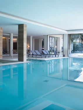 piscina-interna-grande