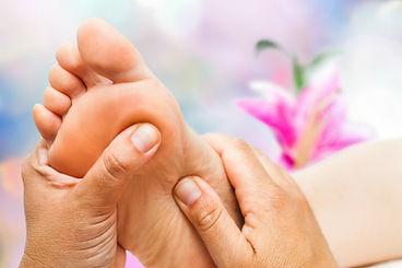 massaggio reflessologico Jiva Yoga