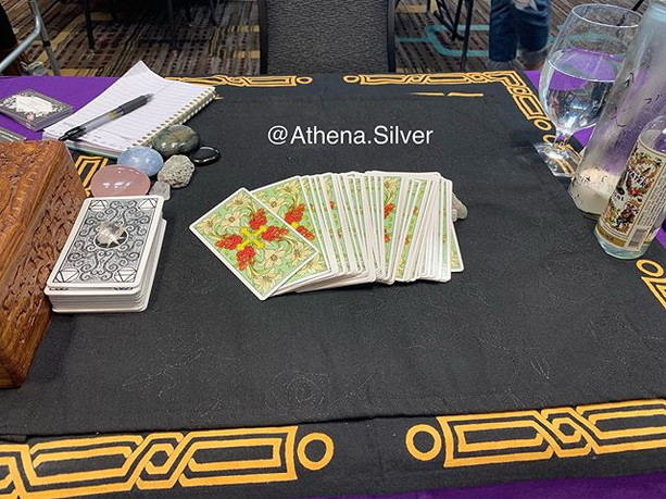 I'm at The Tarot Diva Psychic Fair at th