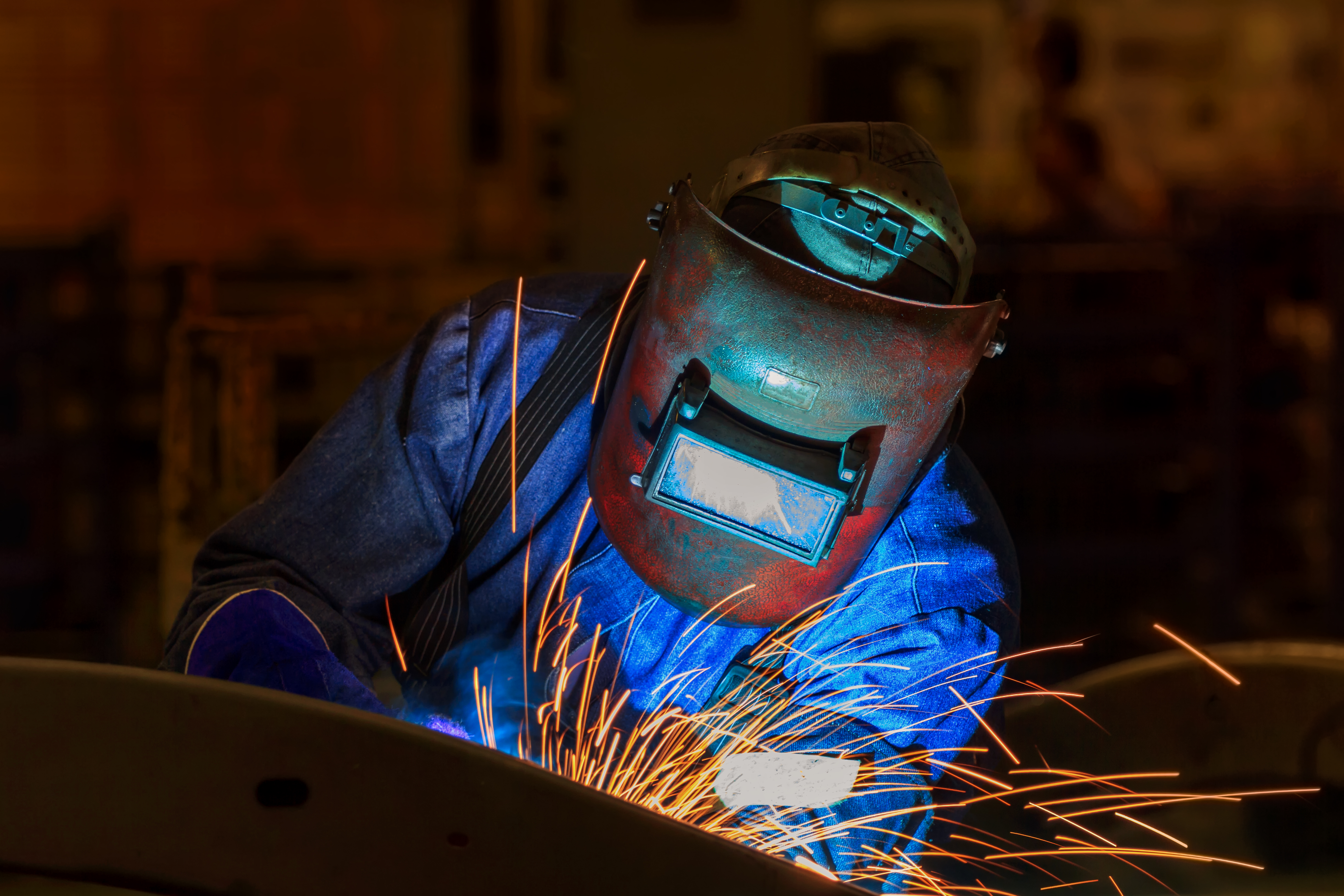 iStock-821691626 welder