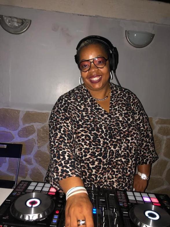 DJ Manm'Zell K Ress