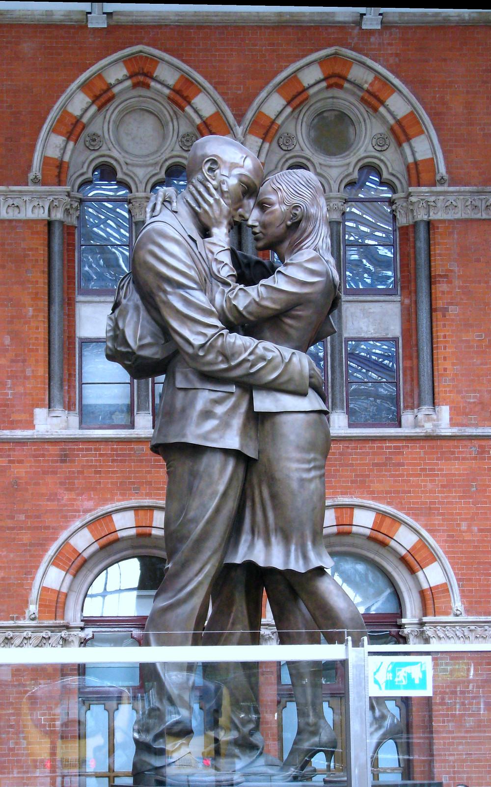 Tim Marlow's Bronze Sculpture at St Pancras Station