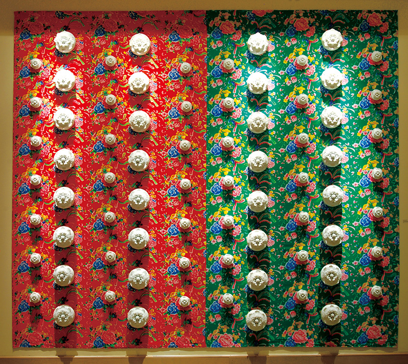 Flower Series #1, by Ying-Yueh Chuang (2011).