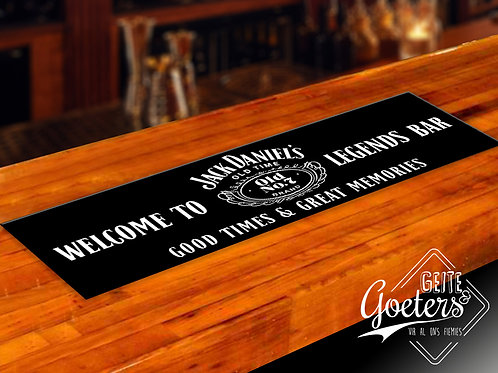 Bar runner Jack Daniels