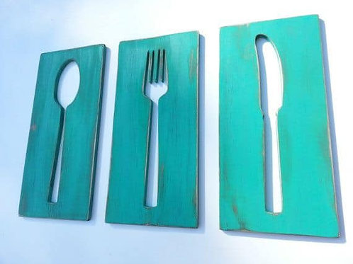 Wood: Spoon, fork and Knife