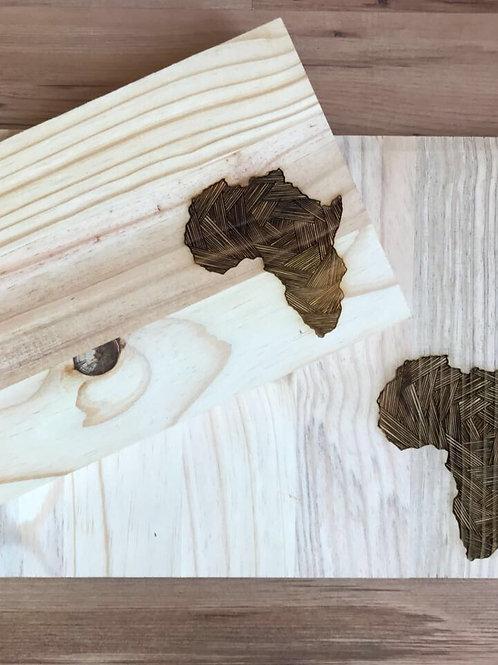 Medium Africa chopping/serving board
