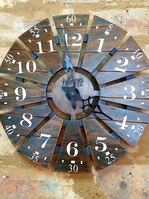 Detail wood windmill watch